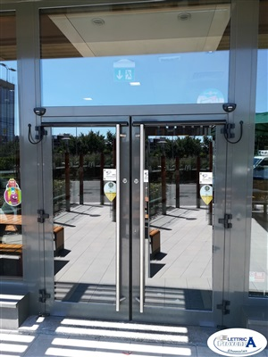 Installazione porte automatiche